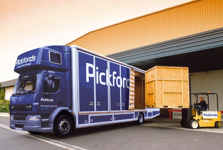 Pickfords Van loading_fork lift