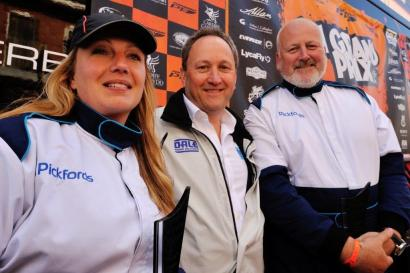 Pickfords racers Kirsty David Kootz-Hobson with Tim Wilkins, CEO of event sponsors Dale Power Solutions